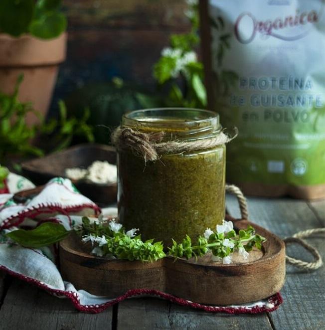 Pesto de avellanas con proteína de guisante